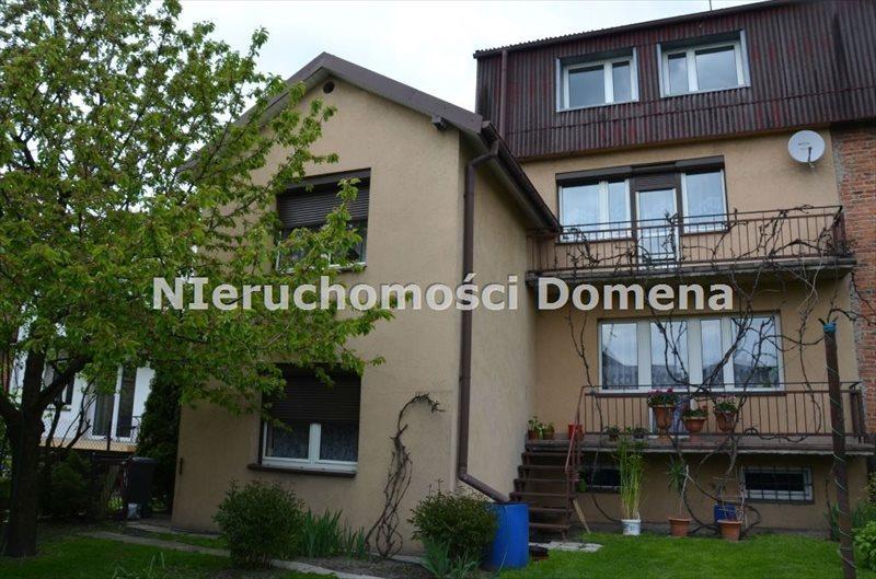 Dom na sprzedaż Tomaszów Mazowiecki  200m2 Foto 1