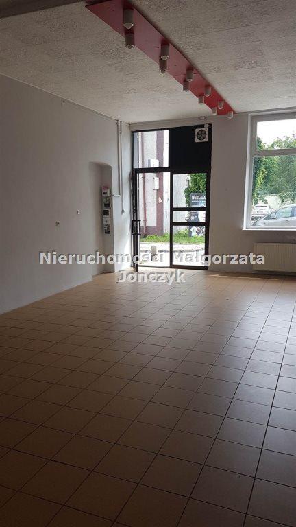 Lokal użytkowy na wynajem Zduńska Wola  46m2 Foto 1