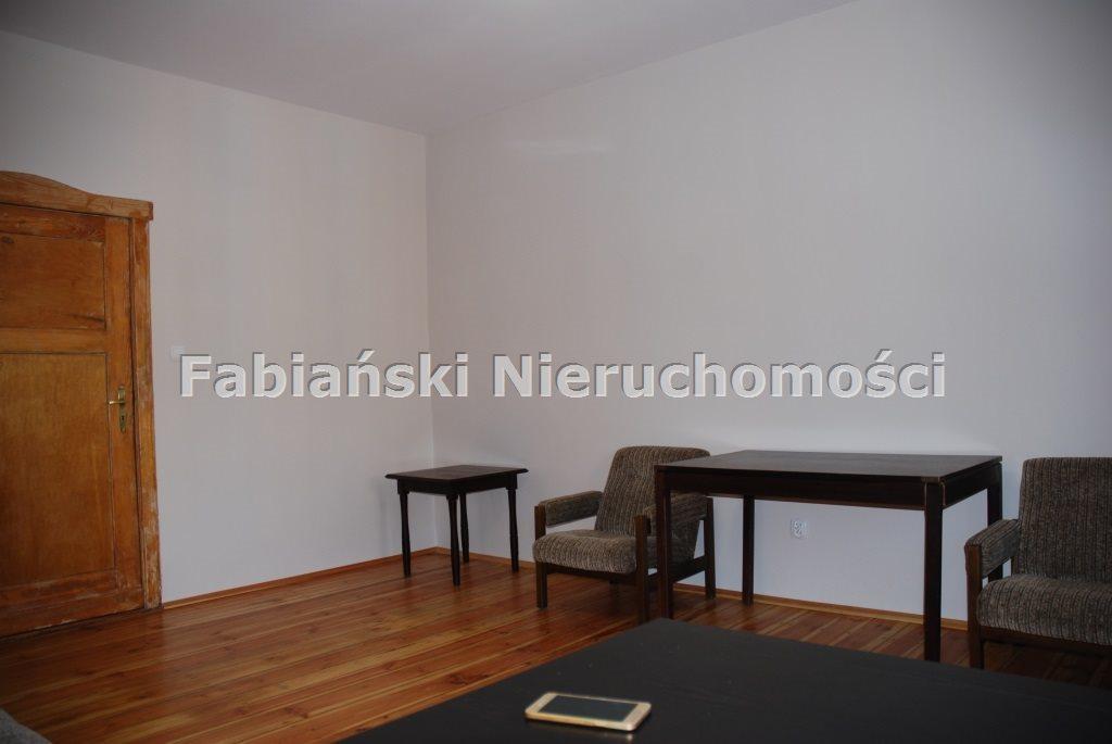 Mieszkanie trzypokojowe na wynajem Poznań, Łazarz  78m2 Foto 2