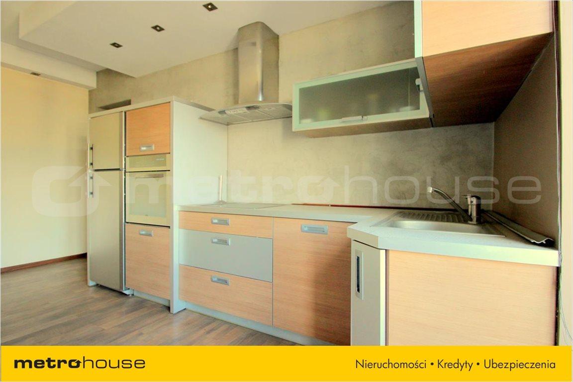 Mieszkanie trzypokojowe na sprzedaż Pabianice, Centrum, Konopnickiej  69m2 Foto 4