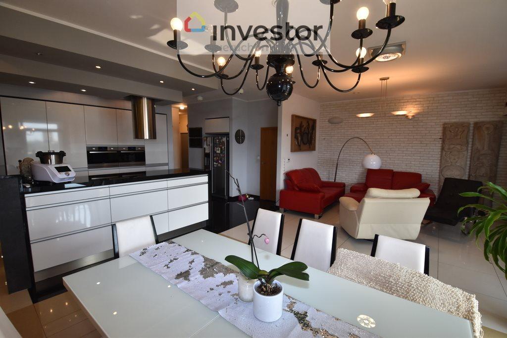 Mieszkanie na sprzedaż Kędzierzyn-Koźle  152m2 Foto 1