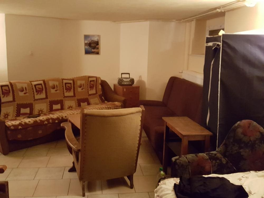 Mieszkanie dwupokojowe na wynajem Chyby  80m2 Foto 1