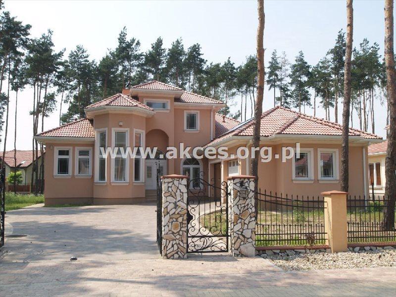Dom na sprzedaż Jazgarzewszczyzna  370m2 Foto 1