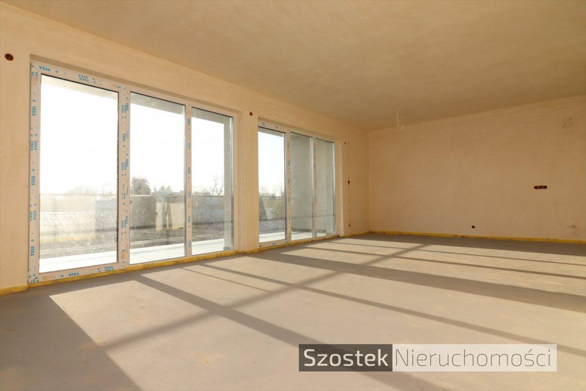 Mieszkanie czteropokojowe  na sprzedaż Częstochowa, Tysiąclecie, Traugutta  117m2 Foto 1
