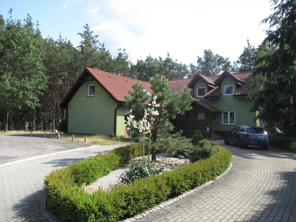 Dom na sprzedaż Niedźwiedź  277m2 Foto 1