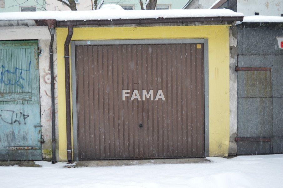 Garaż na sprzedaż Włocławek, Centrum  16m2 Foto 1