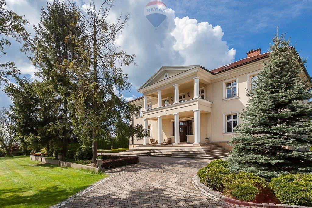 Dom na sprzedaż Tenczynek  660m2 Foto 1
