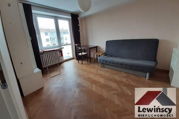 Mieszkanie trzypokojowe na wynajem Warszawa, Stegny, Bacha  64m2 Foto 2