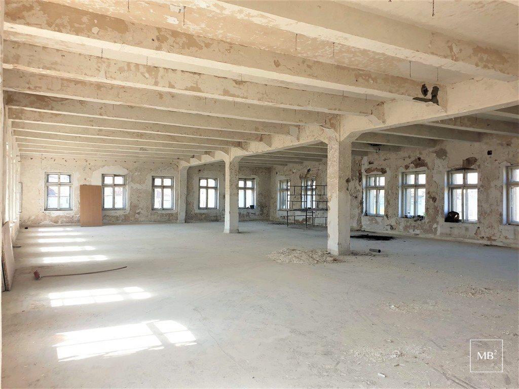 Dom na sprzedaż Legnica, Senatorska  2968m2 Foto 1