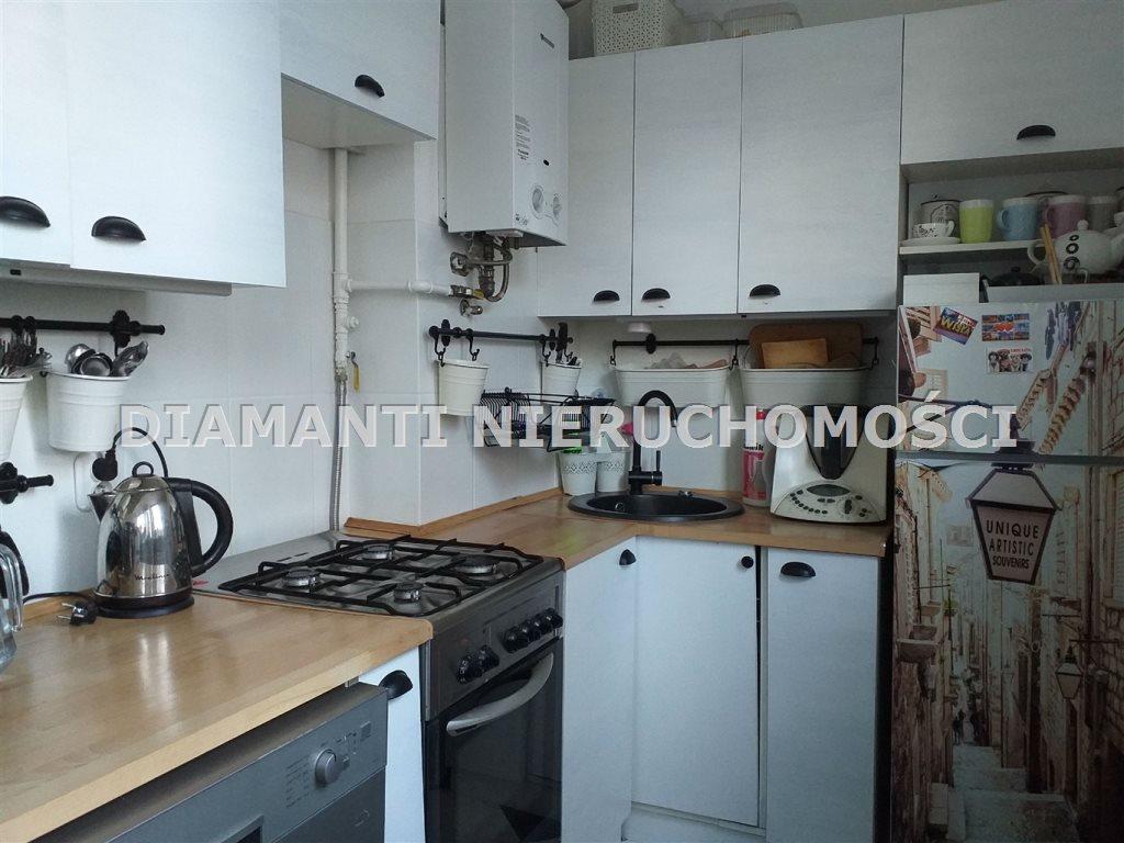 Mieszkanie trzypokojowe na sprzedaż Bielsko-Biała, Osiedle Kopernika  52m2 Foto 2
