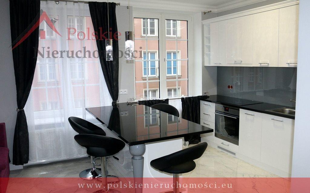 Mieszkanie trzypokojowe na wynajem Gdańsk, Śródmieście, Długa  71m2 Foto 1