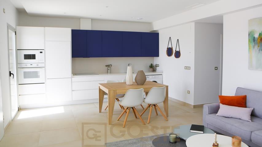 Mieszkanie trzypokojowe na sprzedaż Hiszpania, Benidorm  78m2 Foto 9