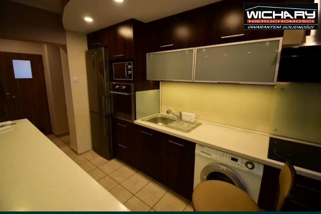 Mieszkanie dwupokojowe na sprzedaż Chorzów  50m2 Foto 2