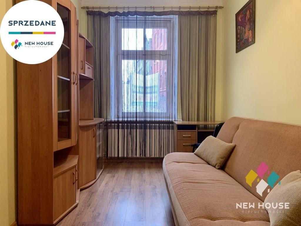 Mieszkanie dwupokojowe na wynajem Olsztyn, Śródmieście, Wyzwolenia  37m2 Foto 1