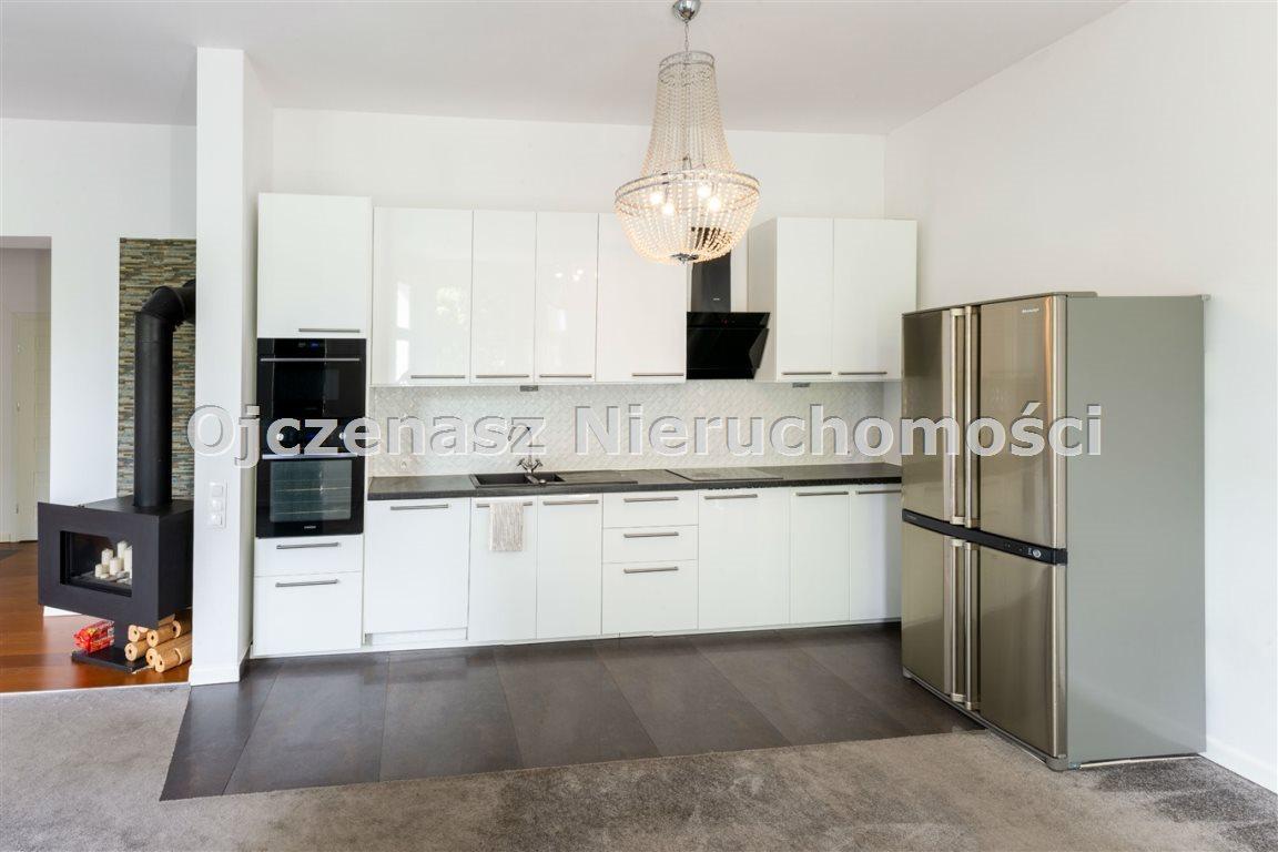 Mieszkanie czteropokojowe  na wynajem Bydgoszcz, Centrum  140m2 Foto 1