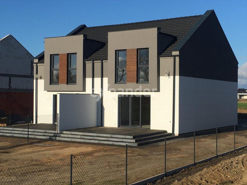 Dom na sprzedaż Gniezno  119m2 Foto 1