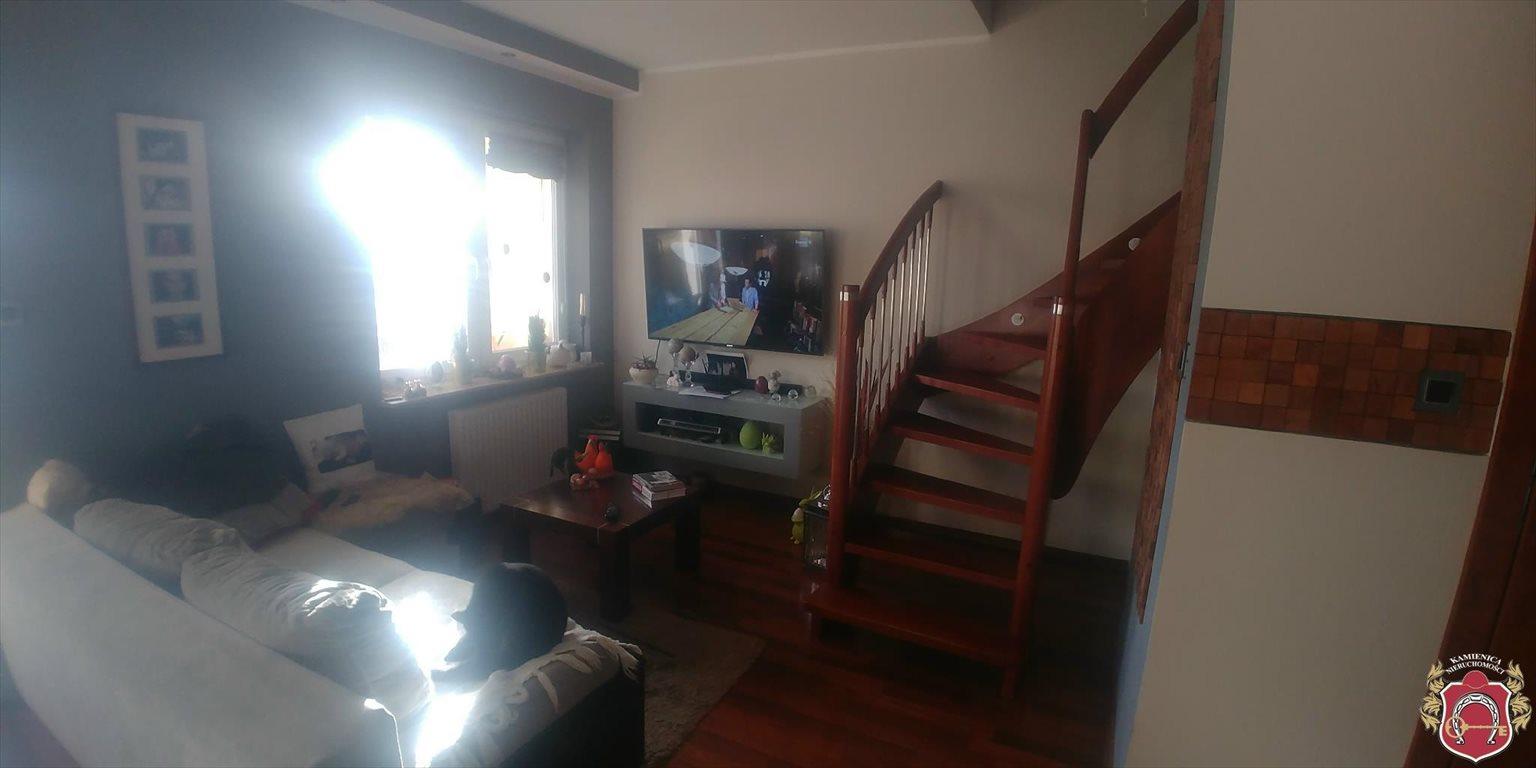 Mieszkanie trzypokojowe na sprzedaż Rumia, Janowo  79m2 Foto 1