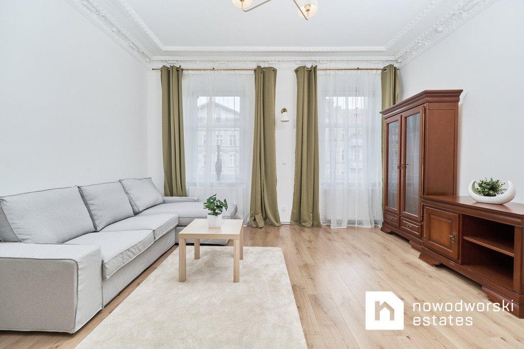 Mieszkanie dwupokojowe na wynajem Wrocław, Krzyki, gen. Romualda Traugutta  61m2 Foto 4