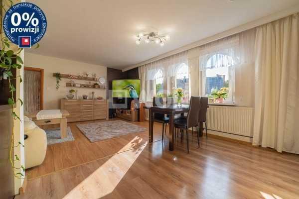 Mieszkanie czteropokojowe  na sprzedaż Bolesławiec, Opitza  80m2 Foto 1