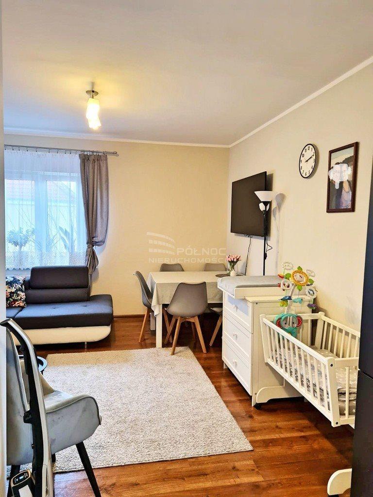 Mieszkanie dwupokojowe na sprzedaż Bolesławiec  49m2 Foto 2