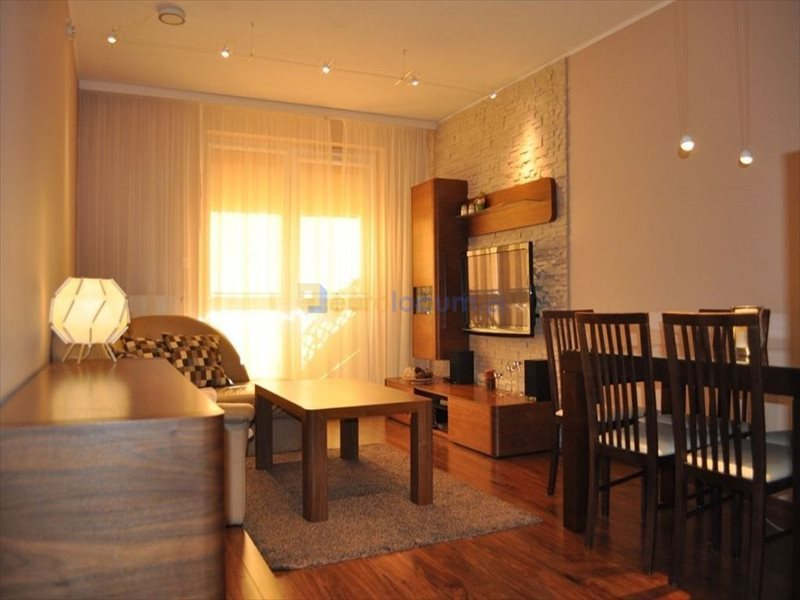 Mieszkanie trzypokojowe na sprzedaż Kielce, Herby, Częstochowska  57m2 Foto 1