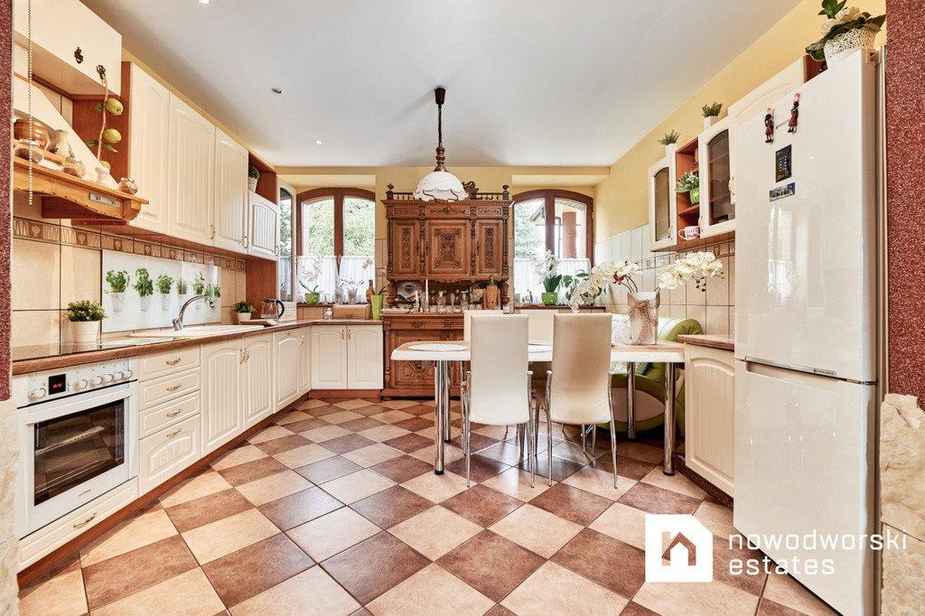 Dom na sprzedaż Biestrzyków, Lipowa  347m2 Foto 1