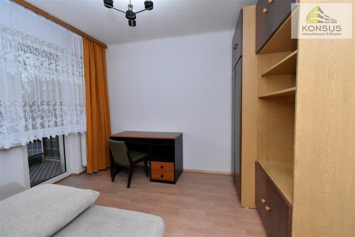 Mieszkanie dwupokojowe na wynajem Kielce, Sady  47m2 Foto 2