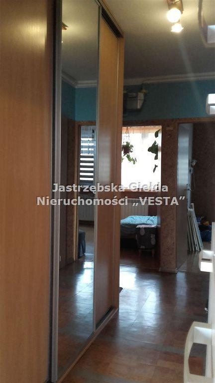 Mieszkanie trzypokojowe na sprzedaż Jastrzębie-Zdrój, Szkolna  56m2 Foto 1