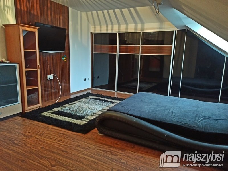 Dom na sprzedaż Świdwin, Miasto  189m2 Foto 8