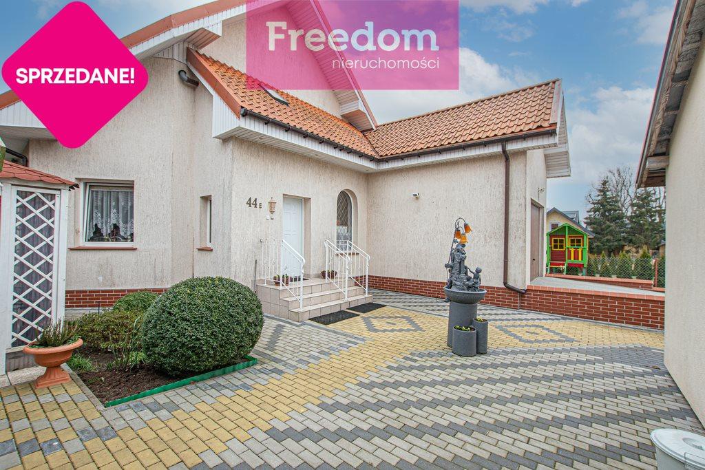 Dom na sprzedaż Jantar, Gdańska  136m2 Foto 1