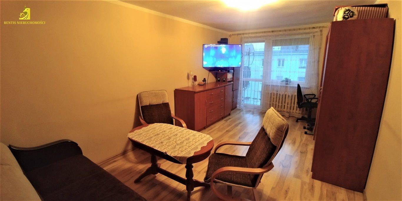 Mieszkanie dwupokojowe na sprzedaż Osowiec Śląski  47m2 Foto 1