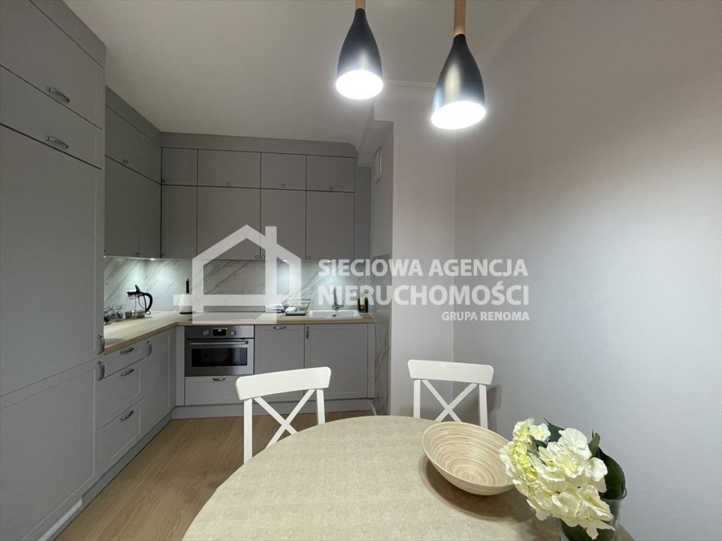 Mieszkanie dwupokojowe na wynajem Gdynia, Śródmieście, Węglowa  46m2 Foto 1