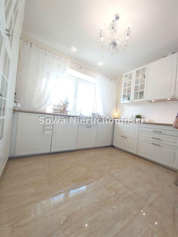 Dom na sprzedaż Żarów  230m2 Foto 12