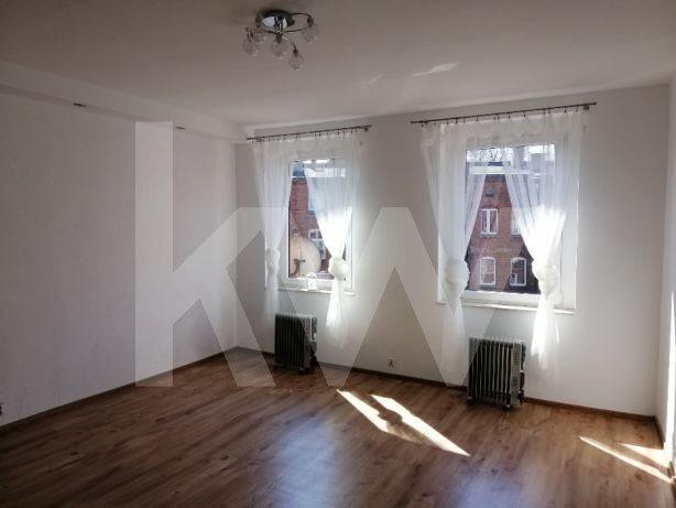 Mieszkanie dwupokojowe na sprzedaż Chorzów, ks. Antoniego Stabika  43m2 Foto 1