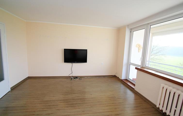 Mieszkanie czteropokojowe  na sprzedaż Bierdzany  79m2 Foto 1