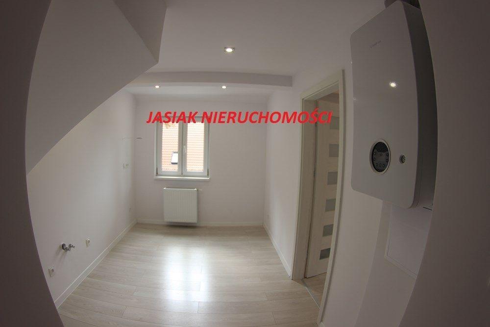 Mieszkanie dwupokojowe na sprzedaż Wałbrzych, Obrońców Pokoju  40m2 Foto 1