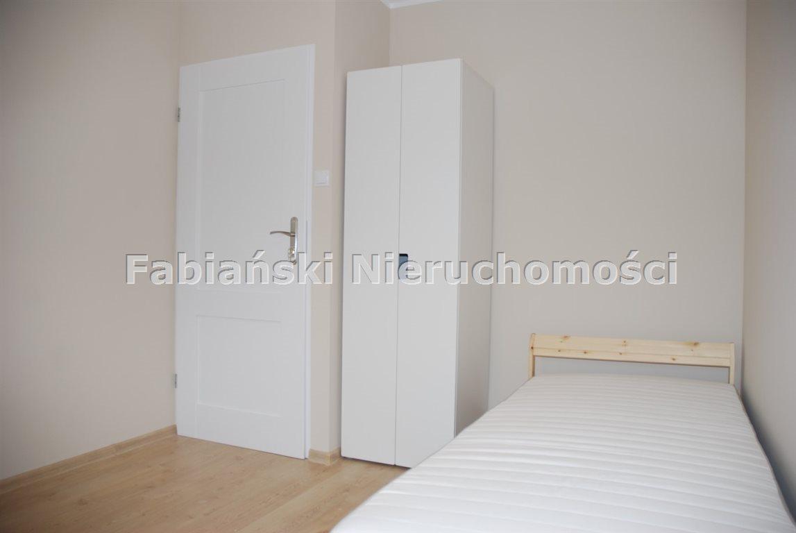 Mieszkanie czteropokojowe  na wynajem Poznań, Winogrady, 4 niezależne pokoje, świeżo po remoncie, niski blok  12m2 Foto 5