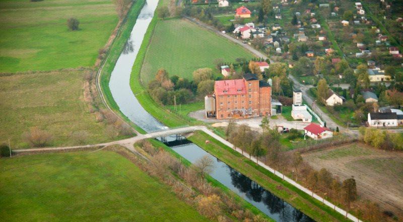 Lokal użytkowy na sprzedaż Poddębice, Jana Kilińskiego  688m2 Foto 1