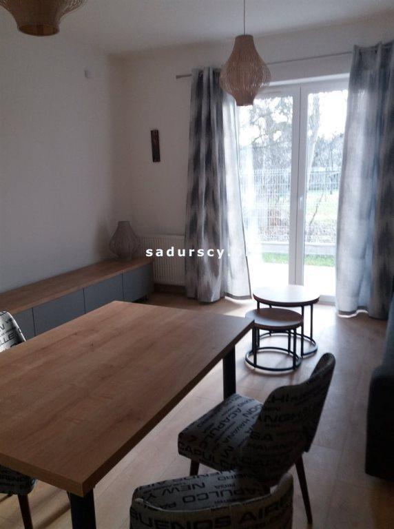 Mieszkanie trzypokojowe na wynajem Wieliczka, Centrum, Asnyka  57m2 Foto 3