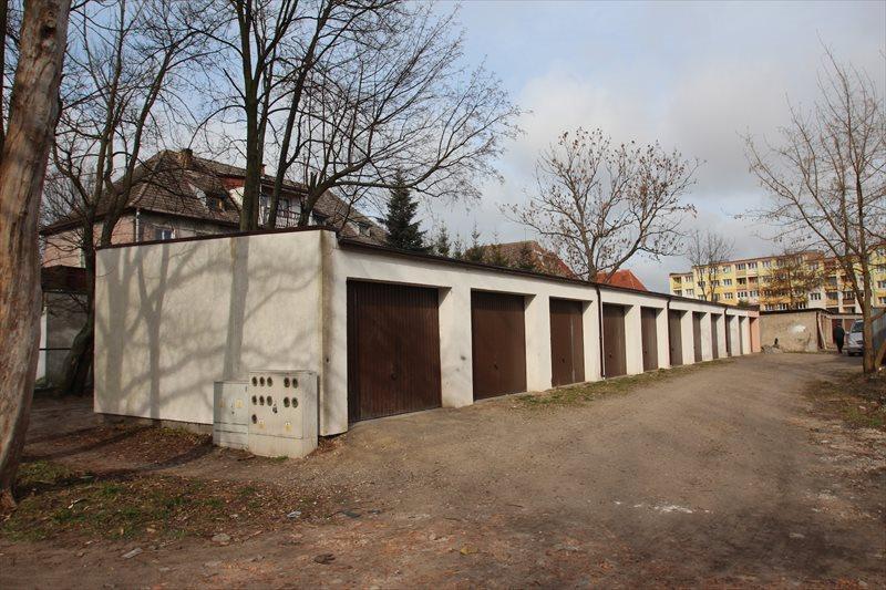 Garaż na sprzedaż Białogard, os. Chopina  18m2 Foto 1
