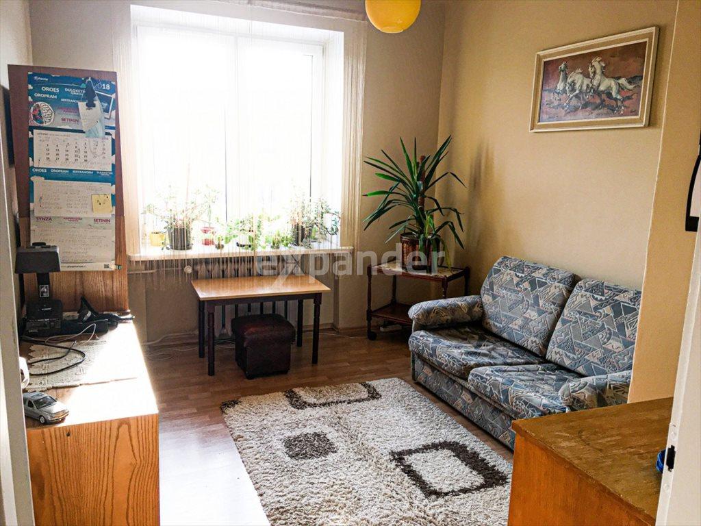 Mieszkanie trzypokojowe na sprzedaż Częstochowa, Jana III Sobieskiego  66m2 Foto 2