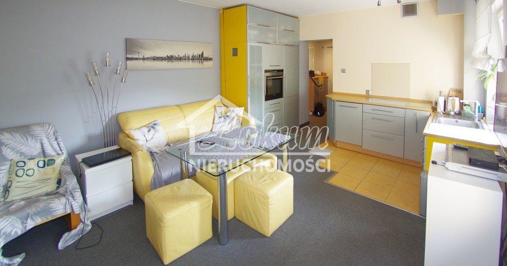 Mieszkanie trzypokojowe na sprzedaż Police, Ludwika Zamenhofa  70m2 Foto 2