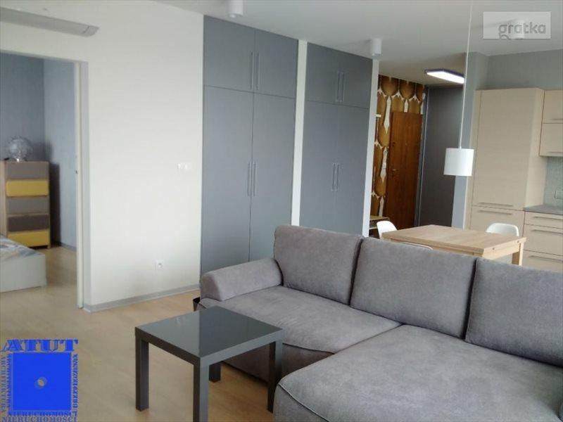 Mieszkanie dwupokojowe na wynajem Gliwice, Kozielska  57m2 Foto 1