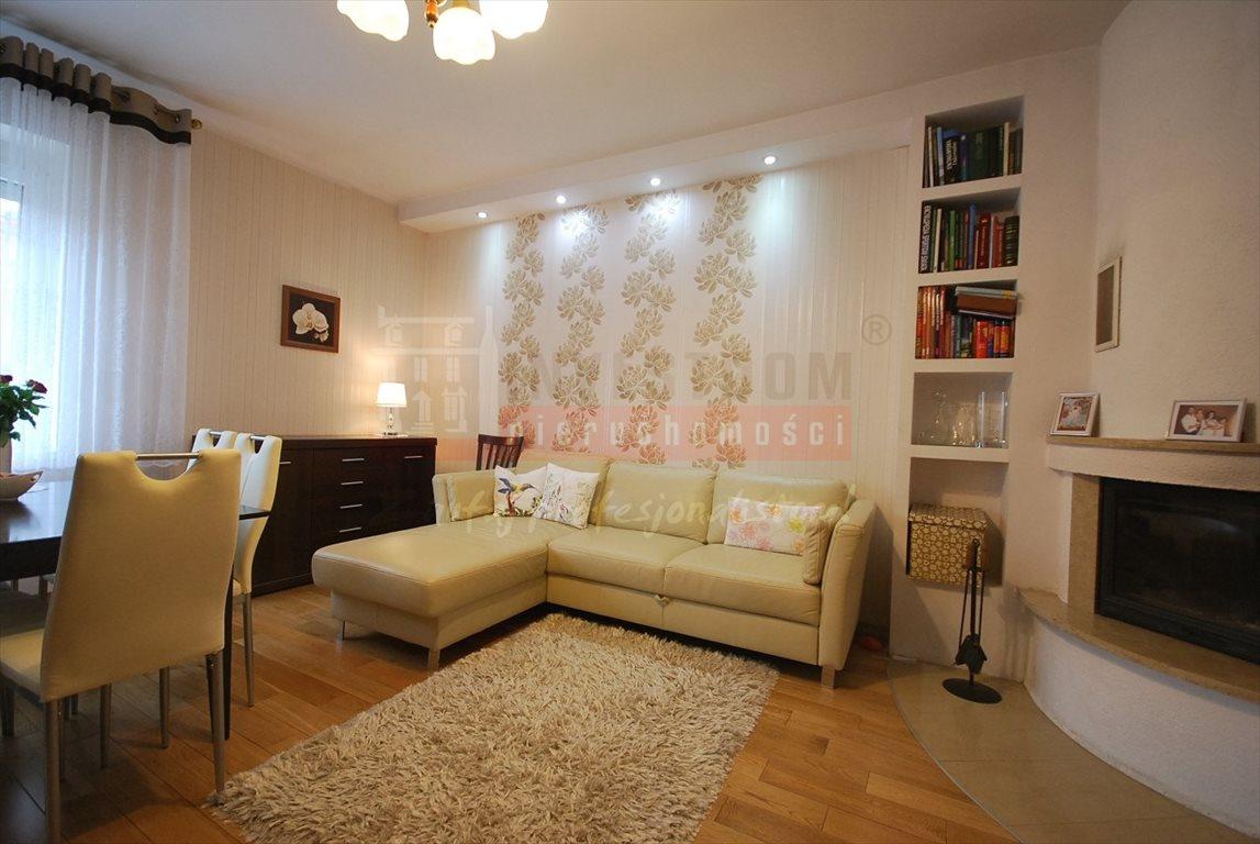 Mieszkanie trzypokojowe na sprzedaż Opole, Śródmieście  77m2 Foto 4