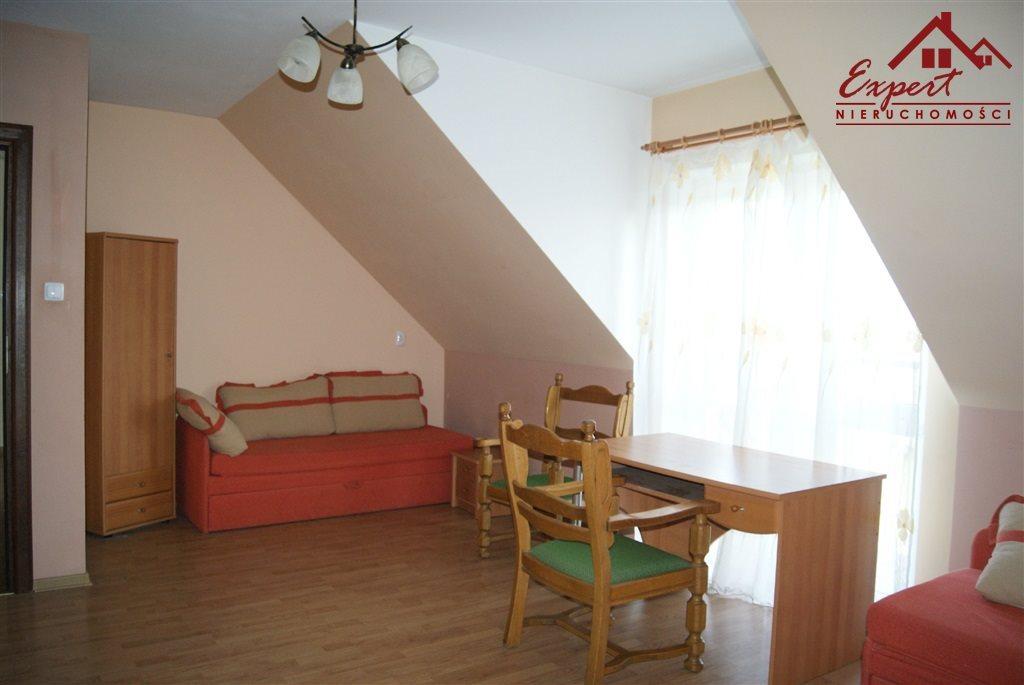 Mieszkanie czteropokojowe  na wynajem Nowa Wieś  90m2 Foto 2