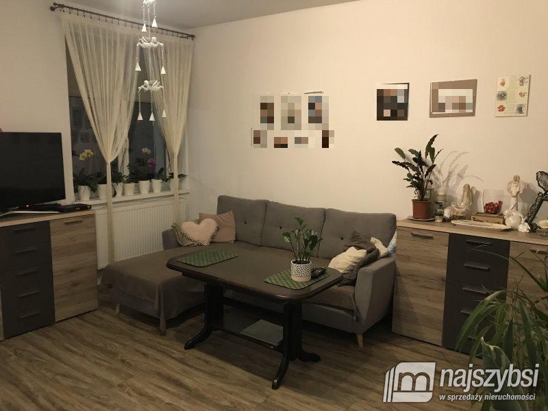 Mieszkanie czteropokojowe  na sprzedaż Świdwin, Centrum  72m2 Foto 1