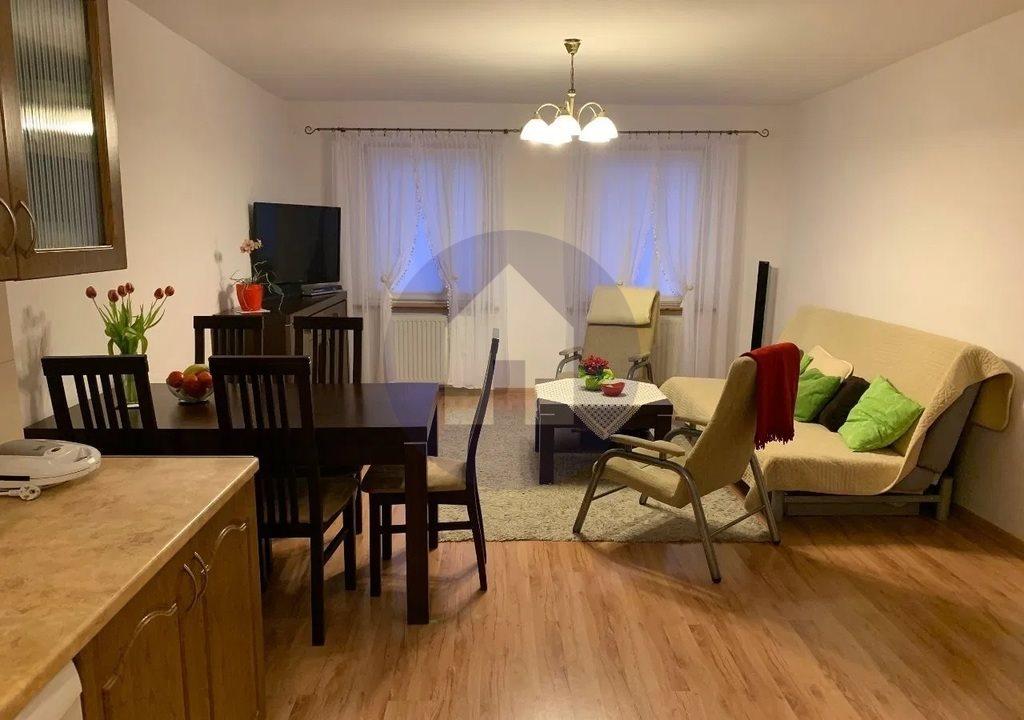 Mieszkanie trzypokojowe na sprzedaż Trzebnica  72m2 Foto 3
