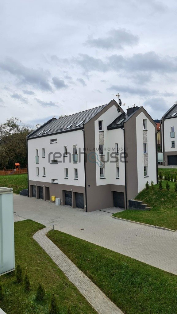 Mieszkanie trzypokojowe na sprzedaż Bielsko-Biała  61m2 Foto 4