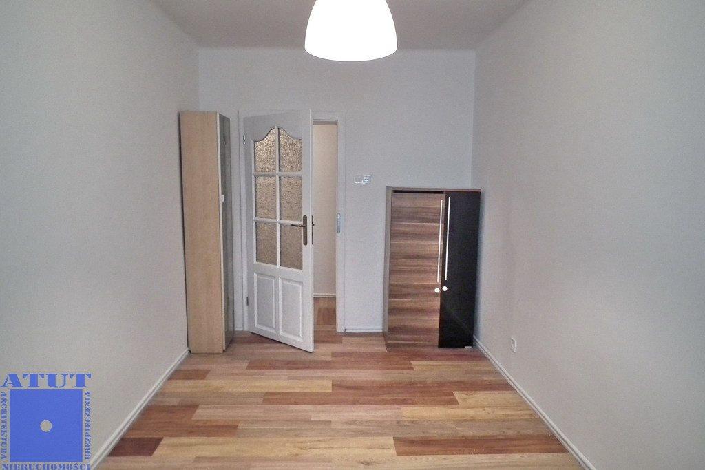 Mieszkanie dwupokojowe na wynajem Gliwice, Śródmieście  56m2 Foto 4