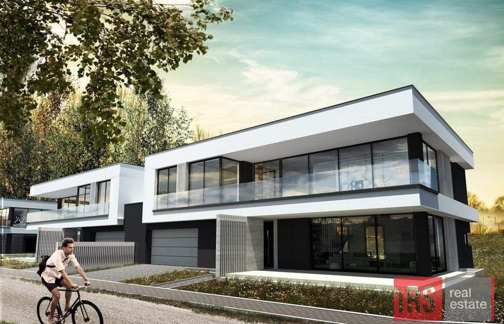 Dom na sprzedaż Janów  268m2 Foto 1